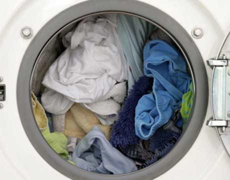 Lavar menos ropa-Ahorrar en la Lavandería