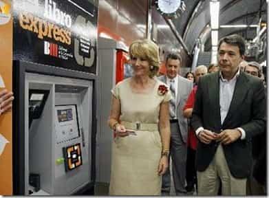 Libro Express libros gratis en el metro de madrid