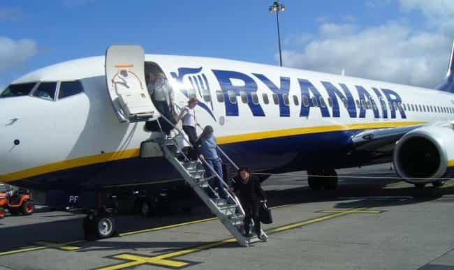 cargos Ryanair