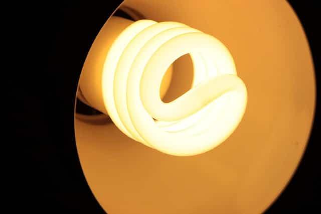 ahorrar-luz-verano