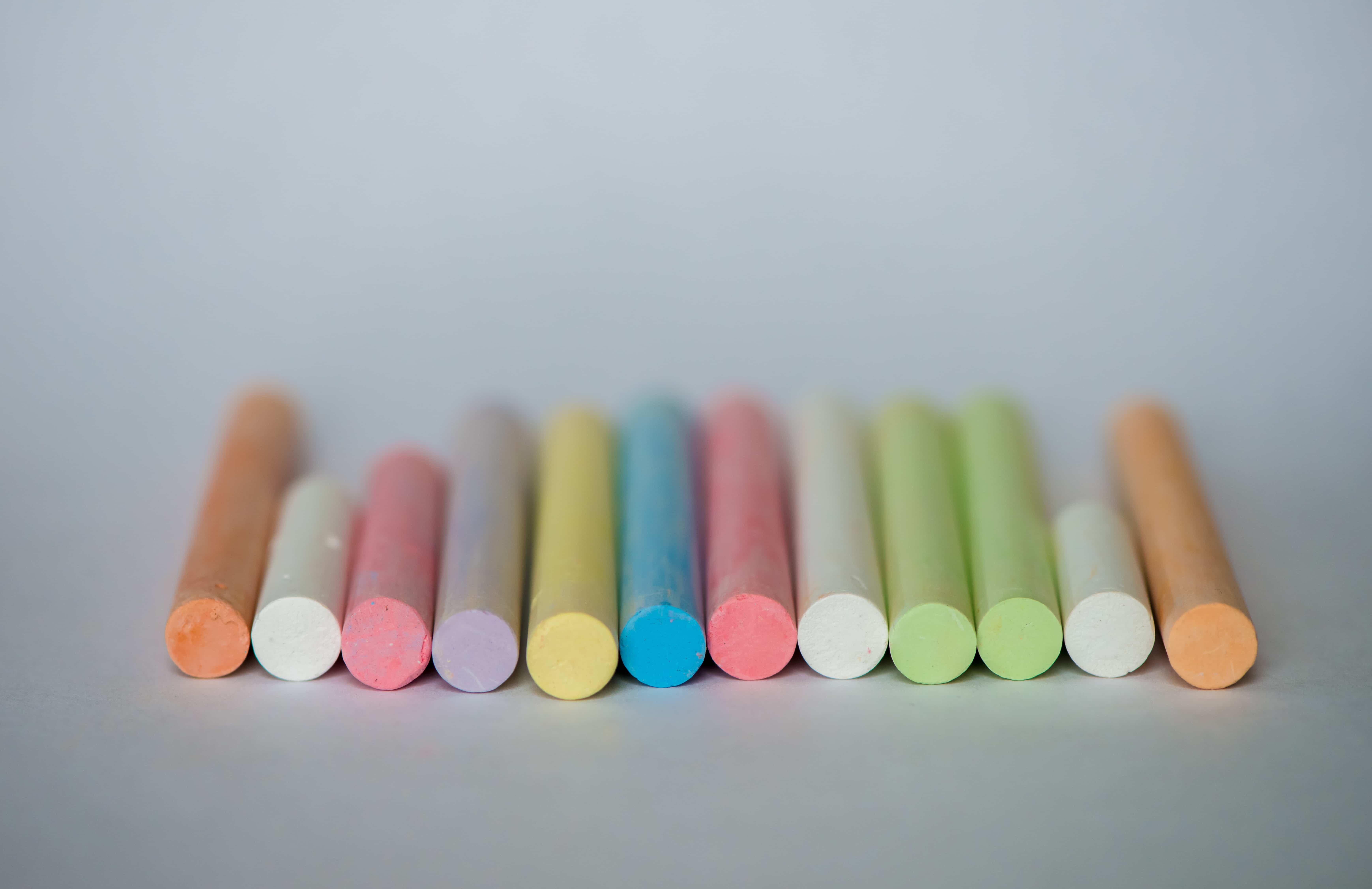 Ahorrar en material escolar - Tizas de colores