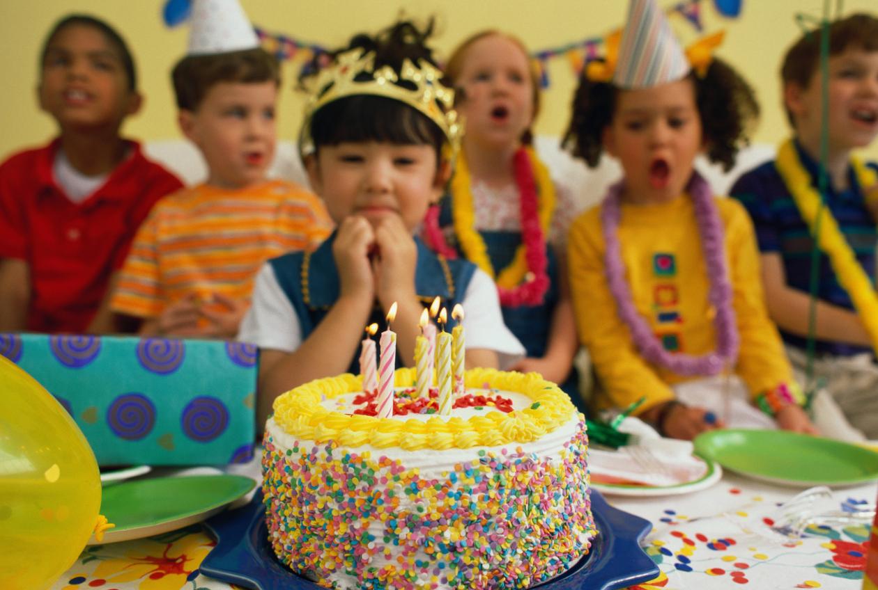 fiestas de cumpleaños tarta casera
